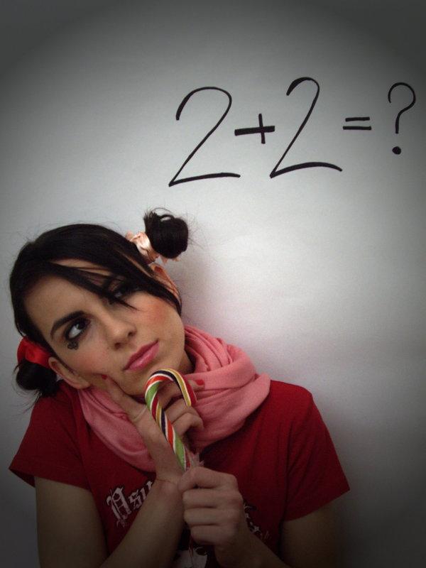 """""""Doi şi cu doi fac..."""" Copyright (c) Roxana Enache"""